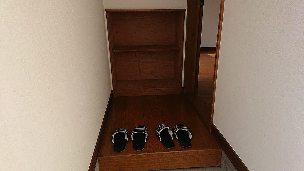 靴の収納スペースあります