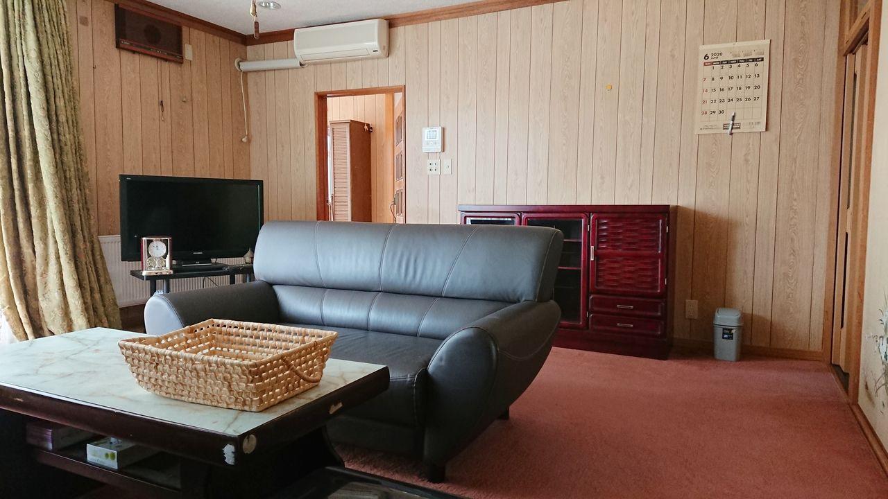 基本は空にしますが、要望があれば家具もそのままにして引き渡します。