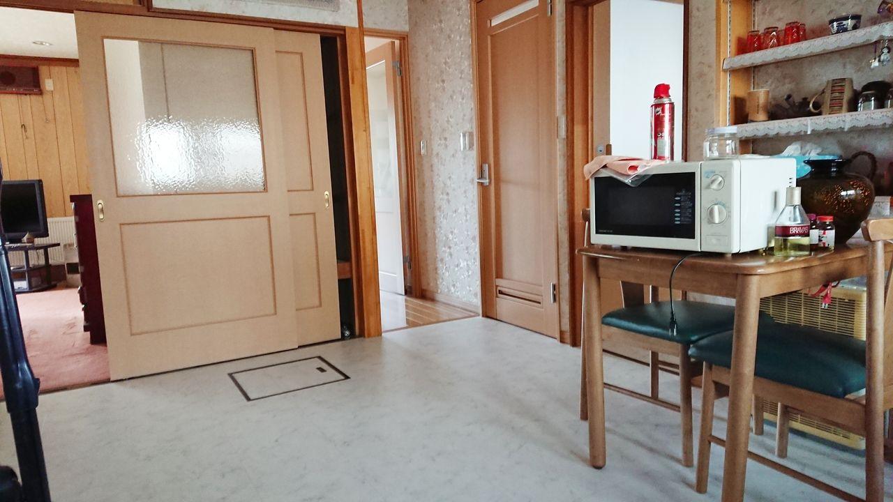 ドアを閉めれば完全にリビングと分かれて使用が可能です。