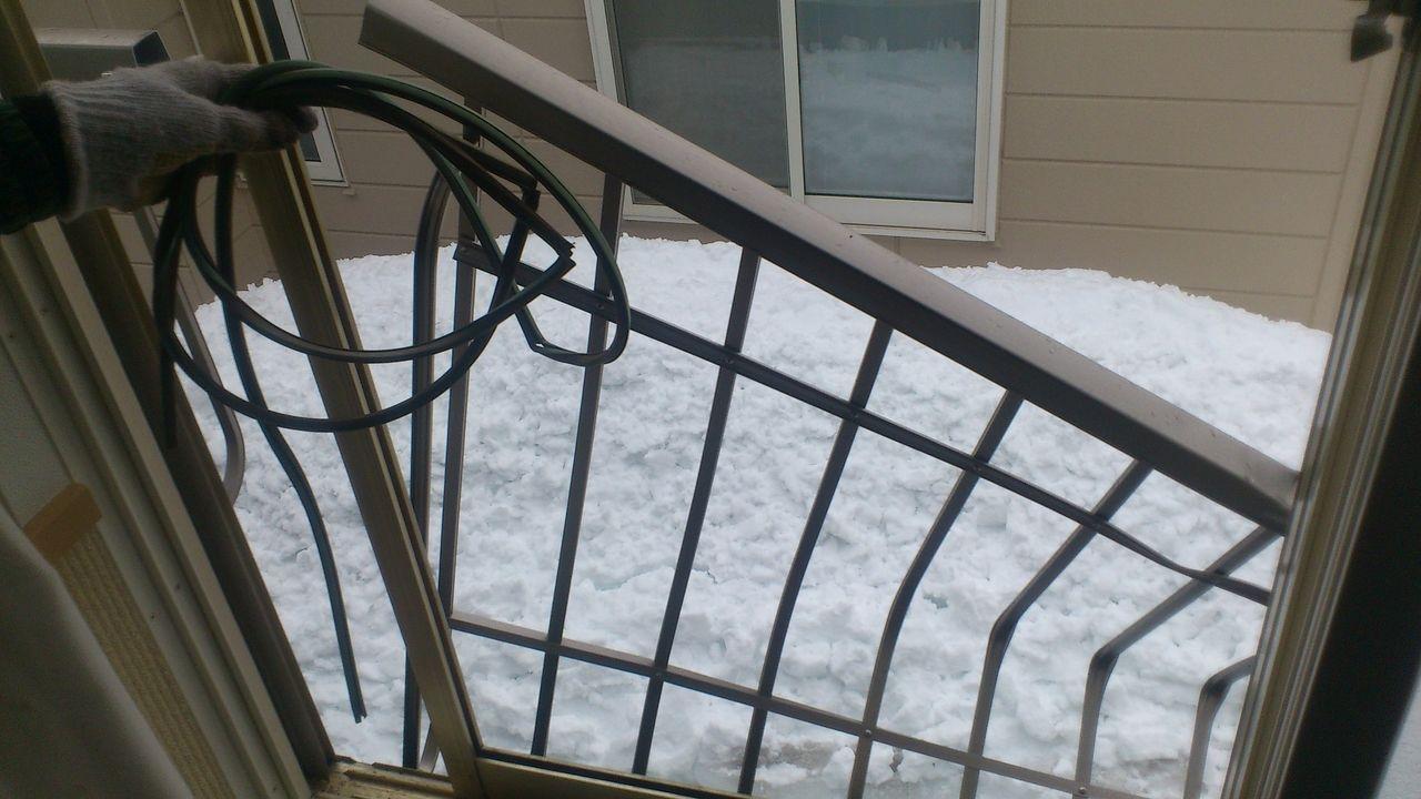 屋根の雪やつららの落下は大きな事故につながることも!