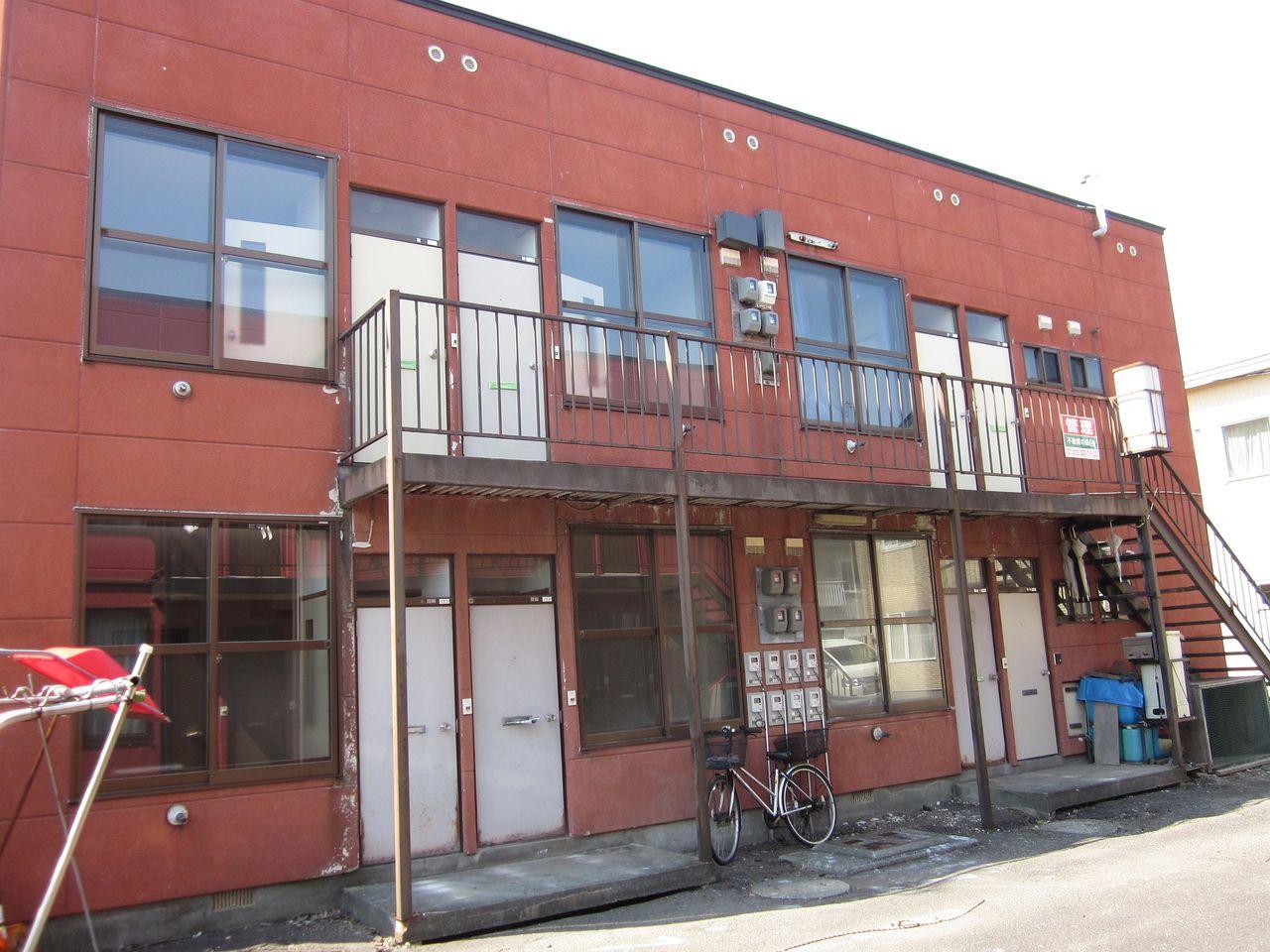 リスク高まる築30年以上のアパート、壊して売りたいけれど…立ちはだかる壁