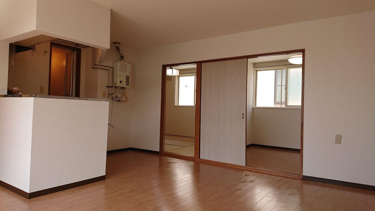 対面キッチン付きの2LDKアパート!